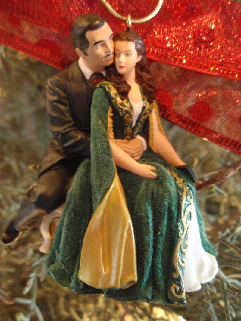 GWTW 2004 Hallmark Rhett & Scarlett