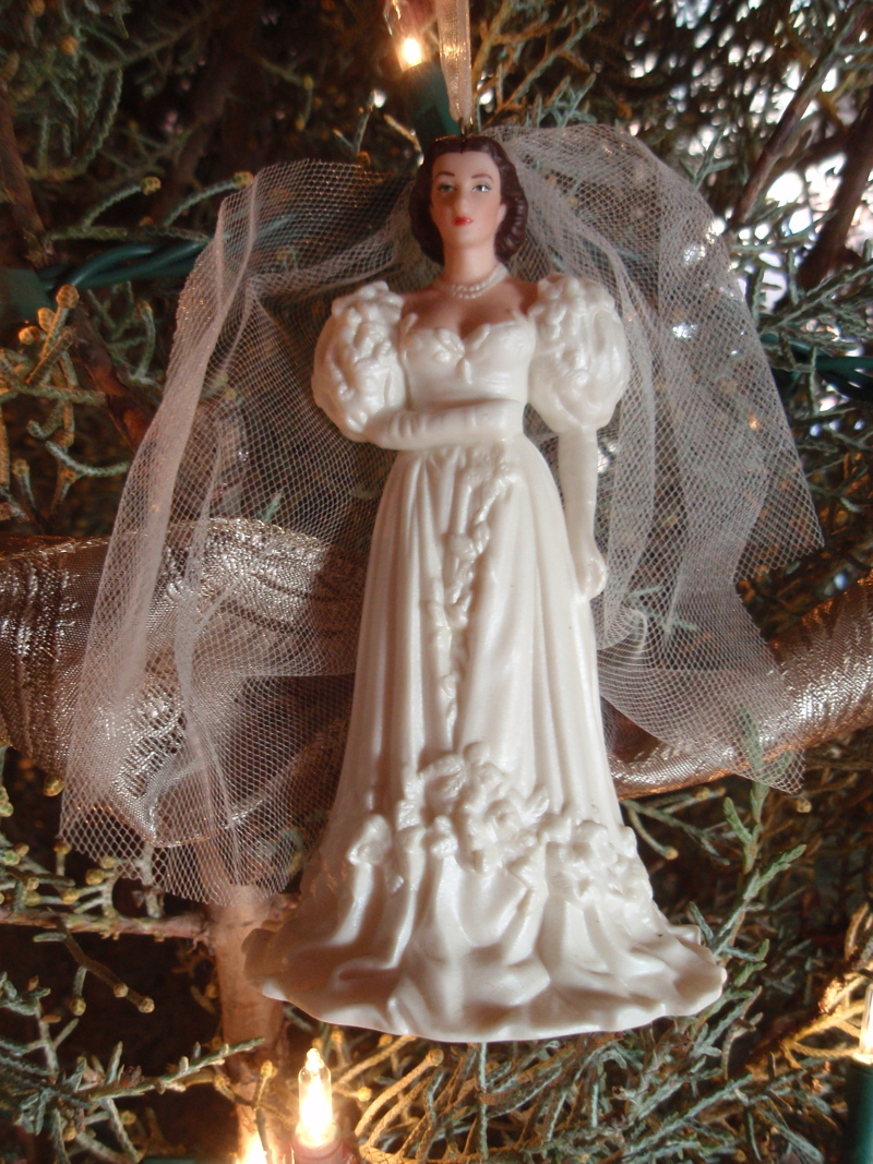 GWTW 2004 Hallmark Scarlett Wedding Dress