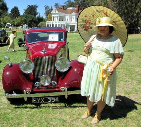 Vintage car and vintage dress